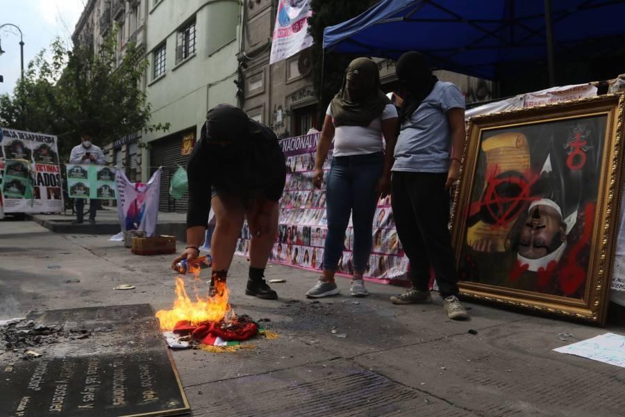 En la CNDH, médicos atienden a manifestante con síntomas de COVID-19