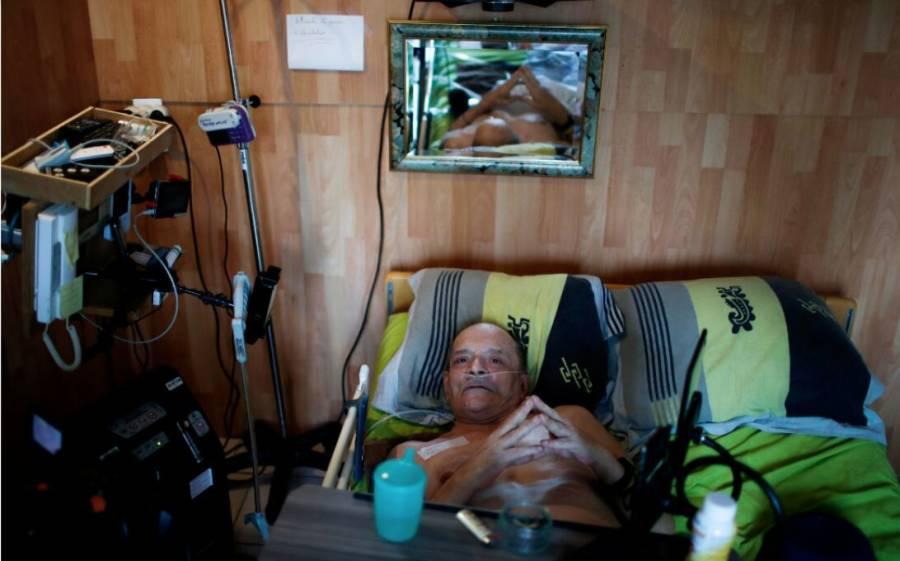 Hospitalizan a francés que quería  transmitir su muerte en Facebook