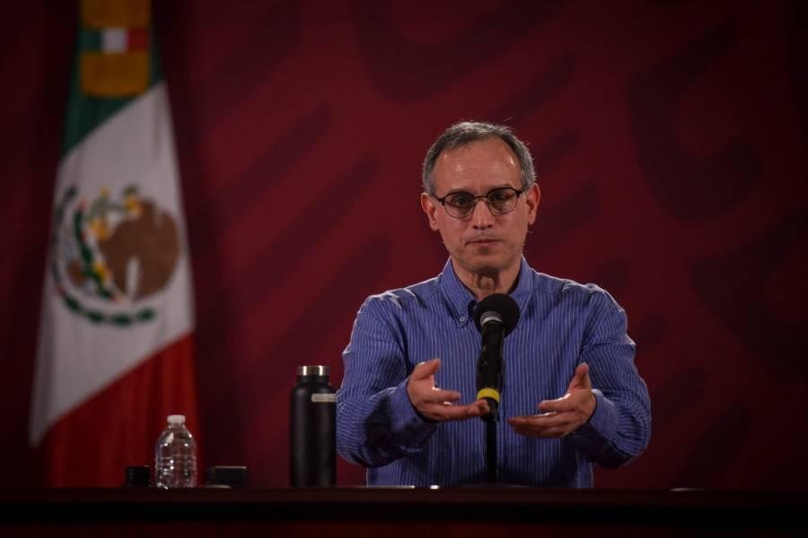 López-Gatell sugiere a exsecretarios de salud patentar su plan para controlar Covid-19