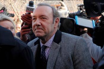Demandan a Kevin Spacey por abusar sexualmente de dos hombres