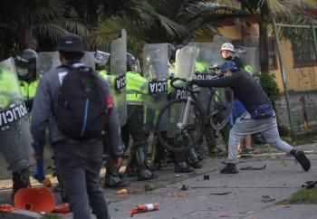 Asciende a nueve la cifra de muertos tras protestas en Colombia