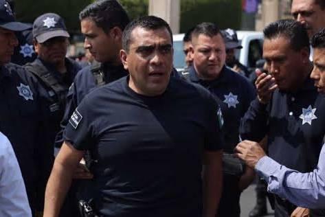 Carlos Gómez ex titular de la Policía Federal se entrega por orden de aprehensión