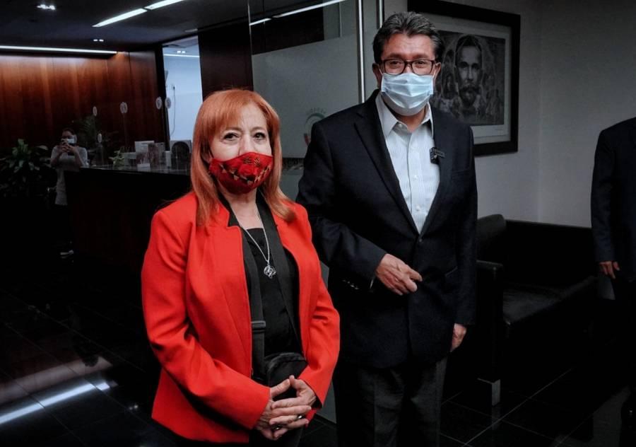 ENTRE CRÍTICAS COMPARECE EN EL SENADO PIEDRA IBARRA