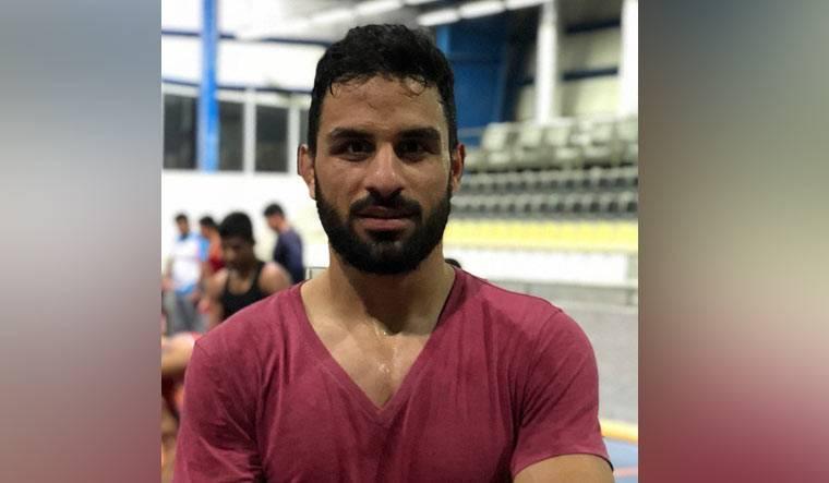Pese a quejas internacionales, Irán ejecuta al luchador Navid Afkari
