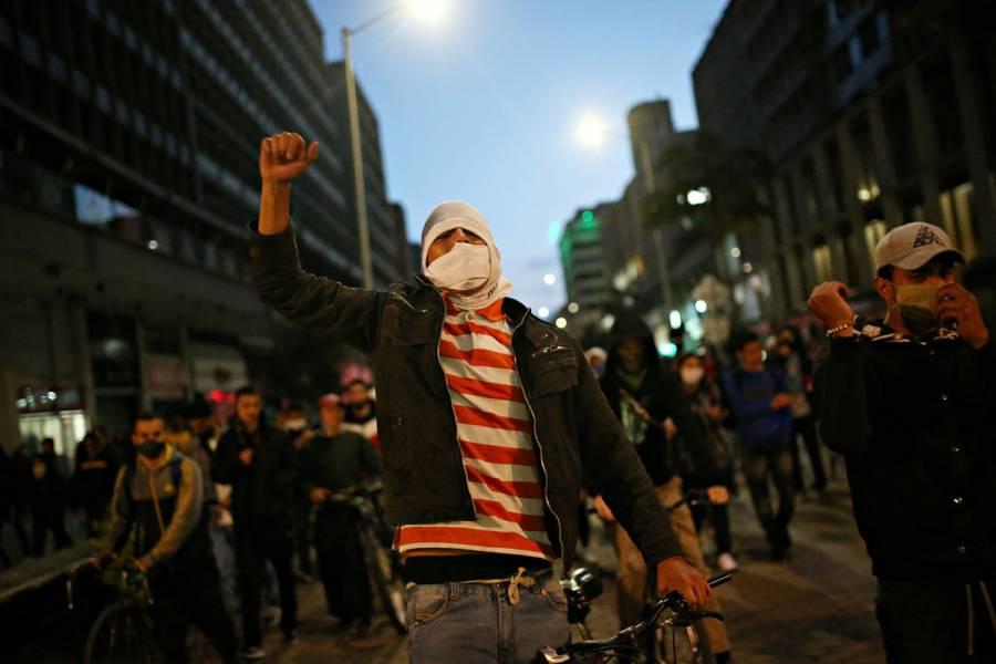 Lo que hay que saber de las protestas contra la brutalidad policiaca en Colombia