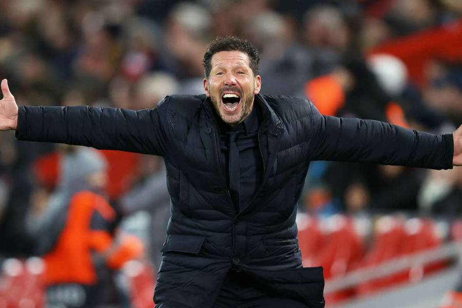 Diego Simeone entrenador de Atlético de Madrid, positivo a Covid-19