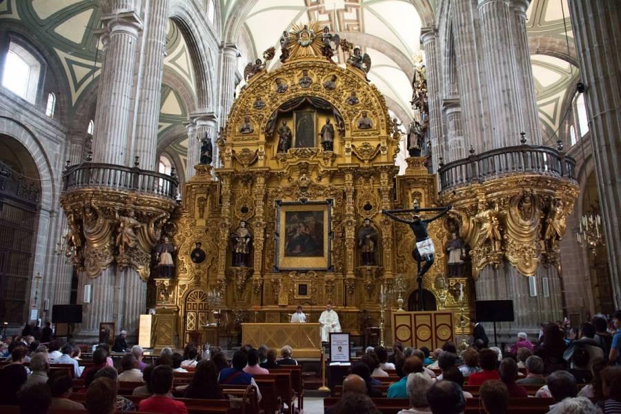 Ejército no tomó la Catedral, hubo falta de comunicación: Arzobispo
