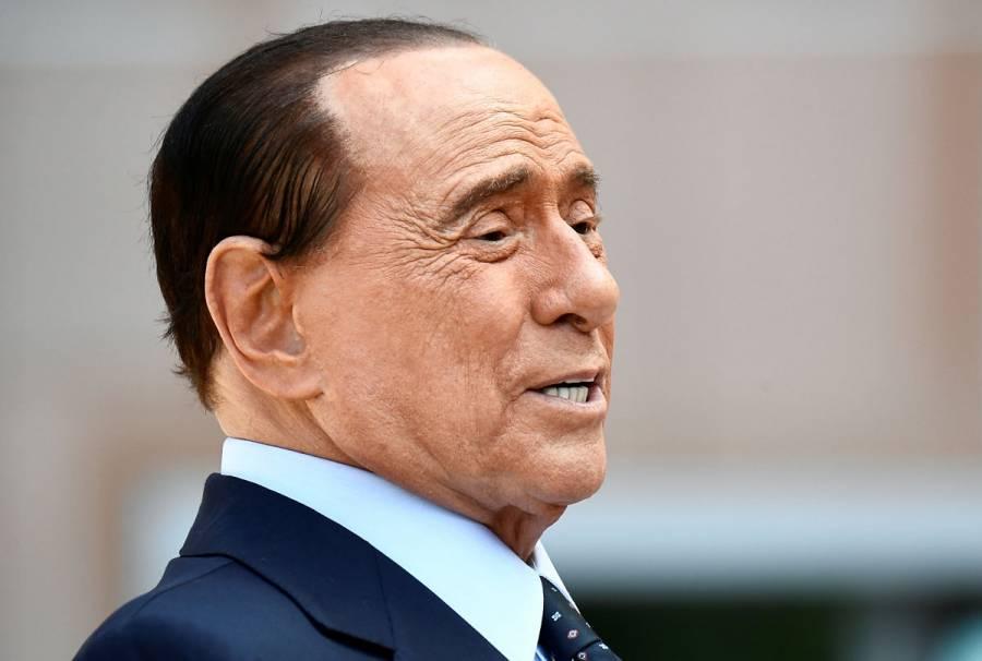 Berlusconi recibe al alta tras