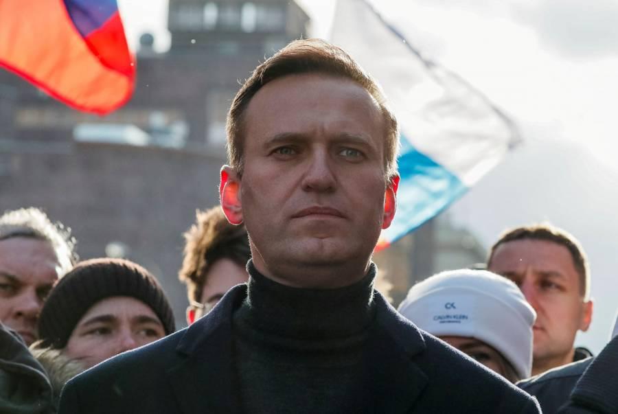 Navalny publica primera foto desde hospital; planea regresar a Rusia