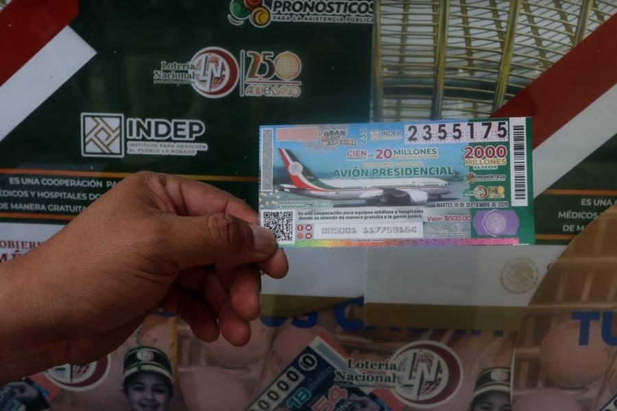 Hospitales del IMSS e ISSSTE ganan 20 millones de la rifa del avión presidencial
