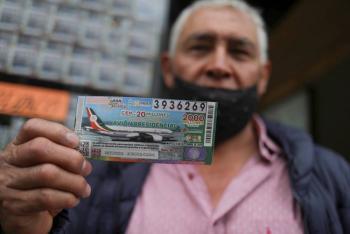Se cumplió con la meta de la venta de boletos de rifa de avión: AMLO