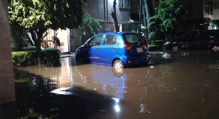 Lluvias en la CDMX dejan 470 viviendas afectadas y dos muertos