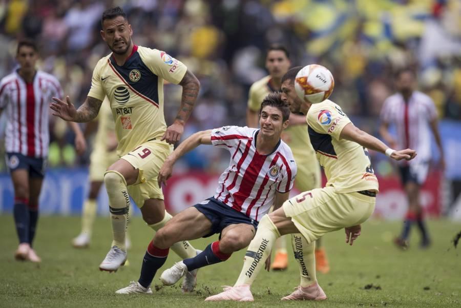 Chivas suma cuatro años sin vencer al América en el Azteca