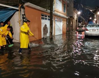 Al menos mil viviendas afectadas en Iztapalapa por lluvia
