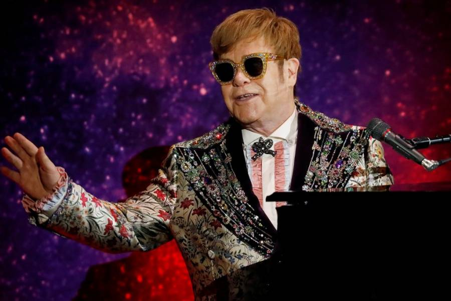 Elton John prepara el lanzamiento de álbum con 60 temas inéditos