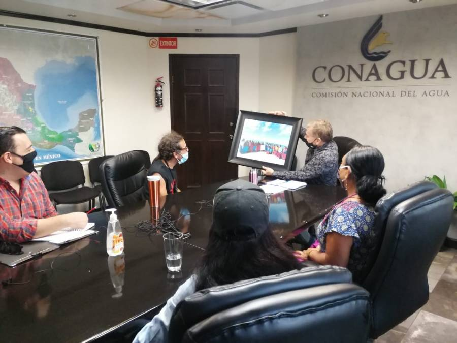 Rubén Albarrán acuerda con Conagua proyecto para solucionar el desabasto de agua en Punta Chueca
