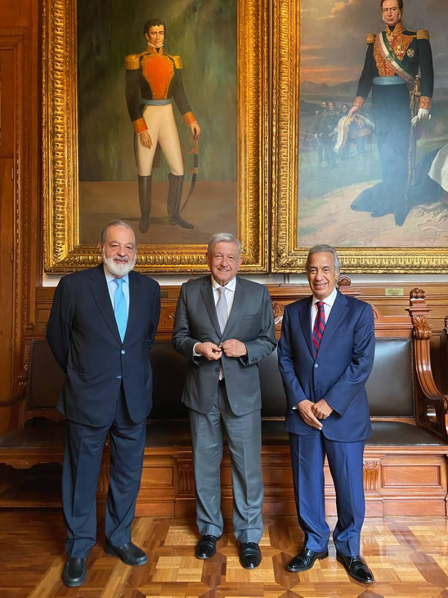 AMLO se reúne con Slim y Rincón en Palacio Nacional