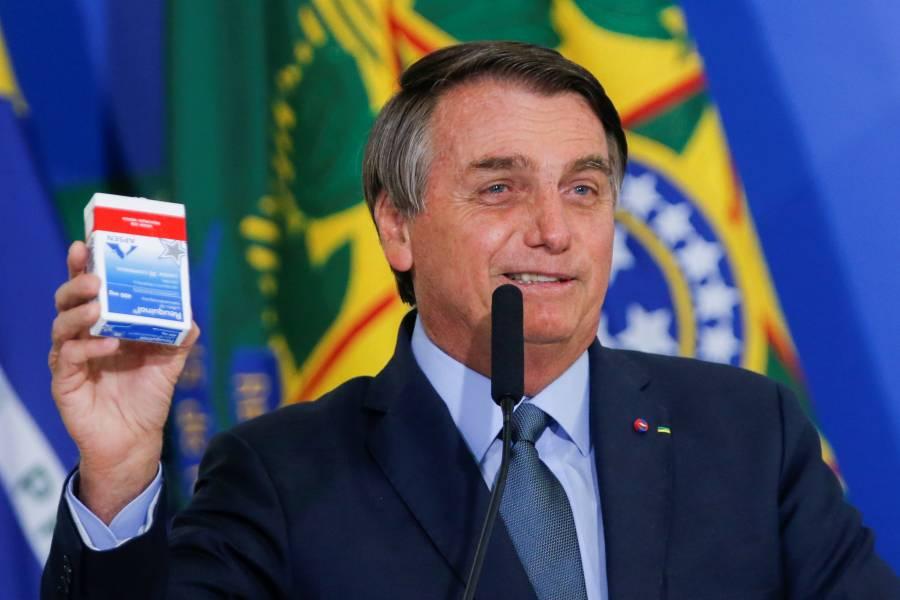 """Bolsonaro: """"Quedarse en casa es de débiles"""""""