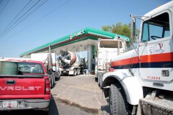 México aplaza un año norma de diésel limpio