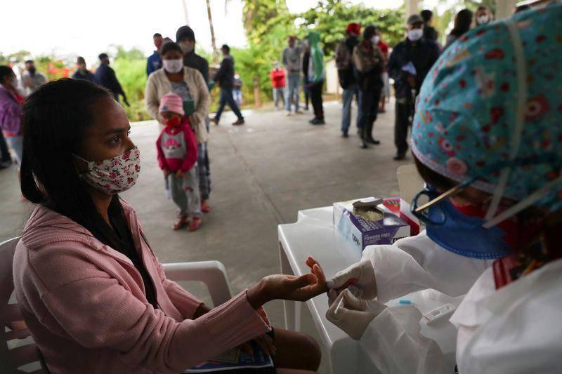 Brasil supera los 4.5 millones de casos y 136 mil muertes por Covid-19