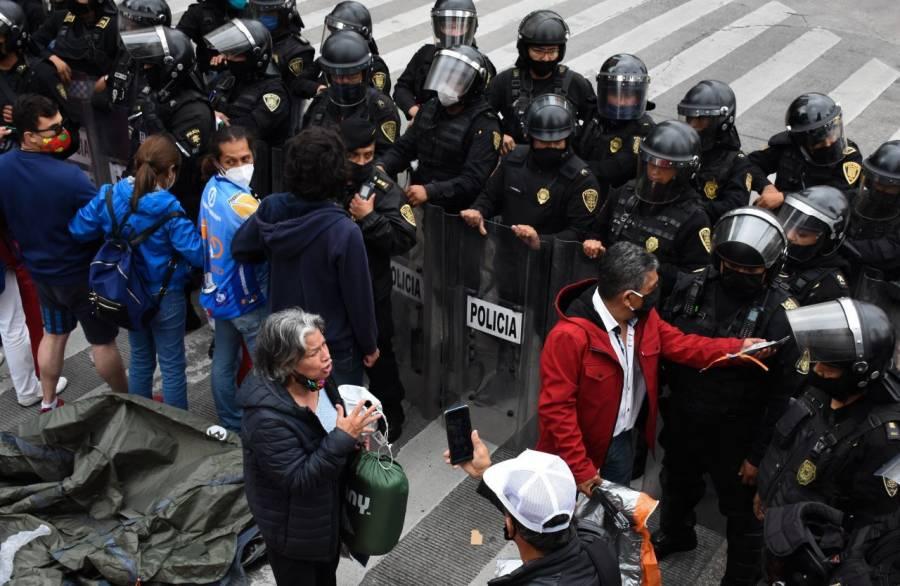 GobCDMX aclara que detuvo avance de FRENAAA para evitar choque con otras protestas