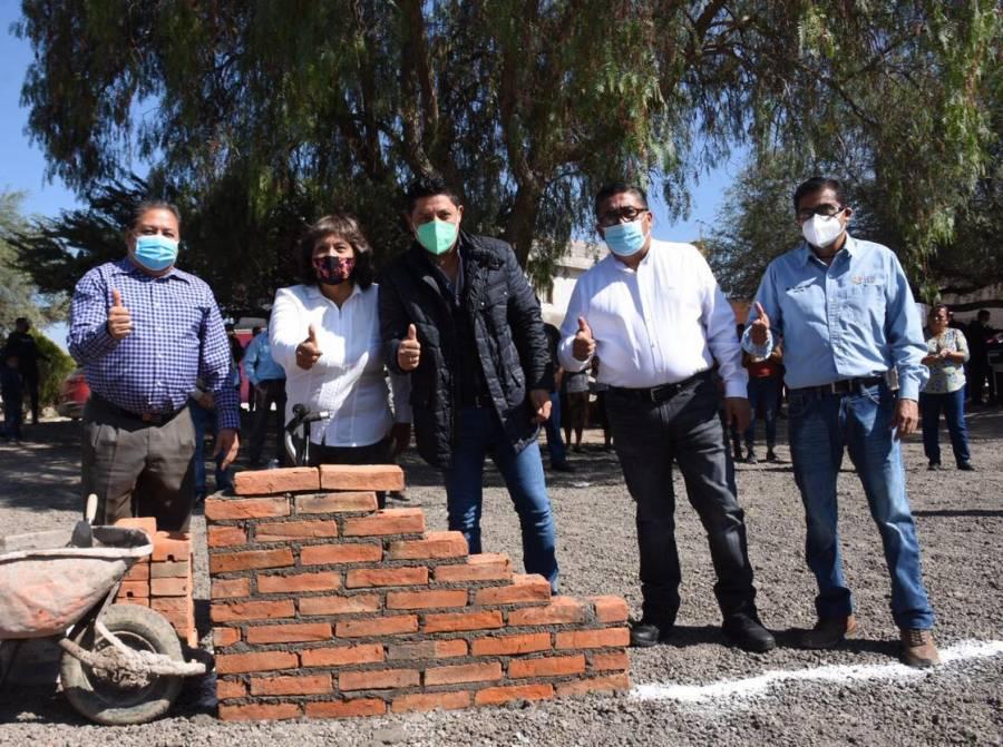 Ayuntamiento de Soledad fortalece la obra social en la comunidad Cándido Navarro