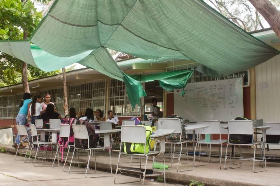 Inversión de 11 mil mdp en reconstrucción de escuelas