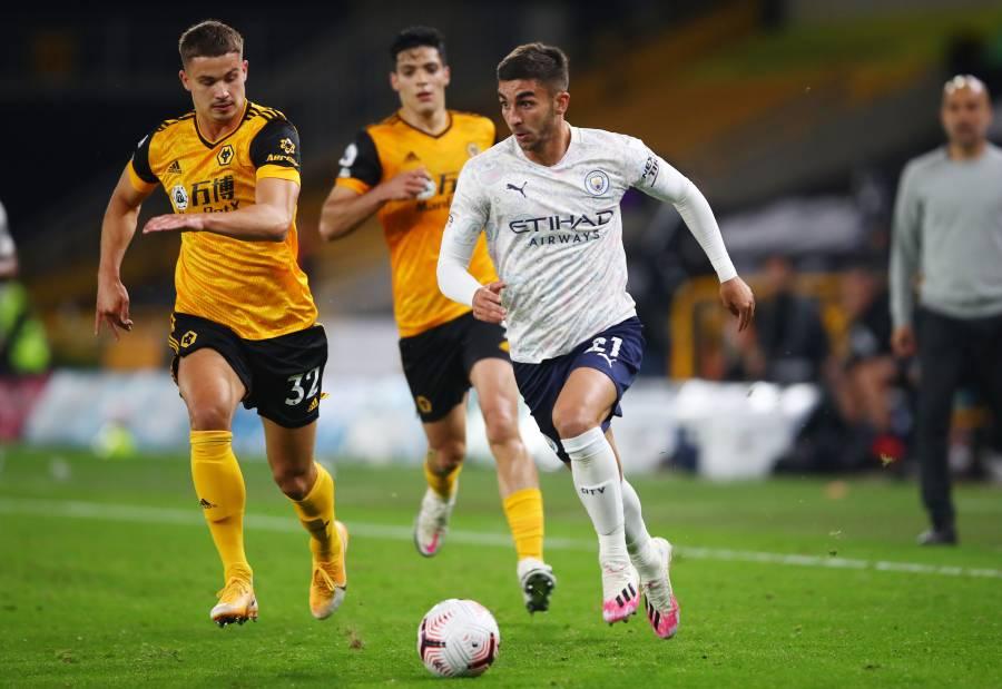 Jiménez anota pero el Wolverhampton cae ante el City