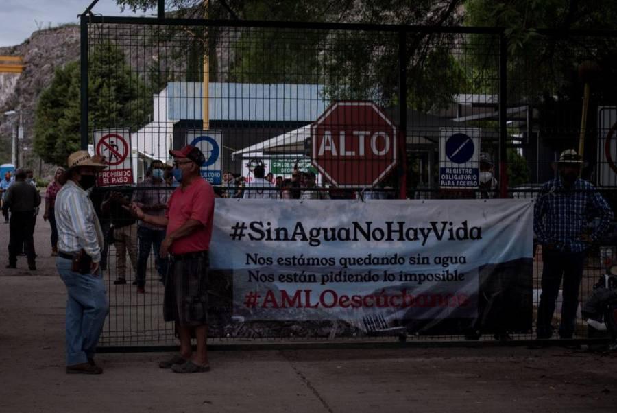 Realizan en Chihuahua marcha contra la extracción de agua y Guardia Nacional