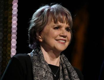Reconocerán a Linda Ronstadt con el Premio Leyenda de la Fundación Herencia Hispana