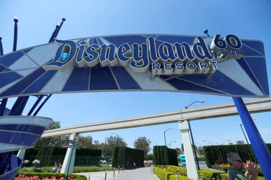 Piden a California permitir reapertura de Disneyland