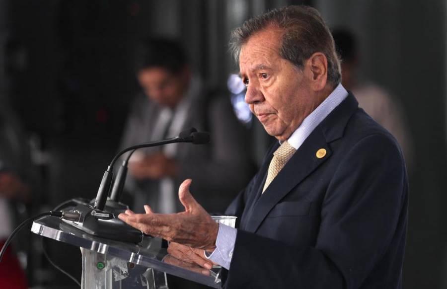 """""""Esa calva seráfica está hueca"""", dice Muñoz Ledo a Anaya"""