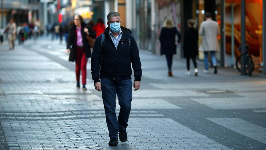 Virólogo alemán asevera que la pandemia por Covid-19 apenas comienza