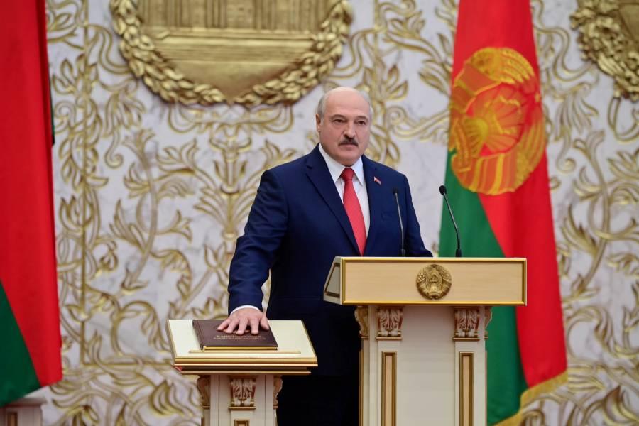 Lukashenko jura un nuevo mandato en Bielorrusia; oposición convoca a más protestas