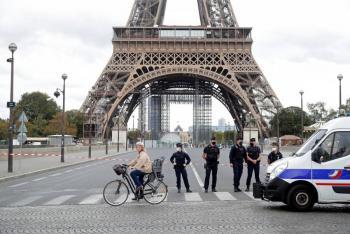 Torre Eiffel reabre después tras falsa alerta de bomba