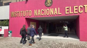 INE inicia encuesta de reconocimiento en Morena