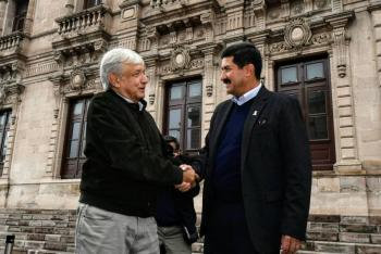 """Javier Corral no se dejará """"intimidar"""" o callar por AMLO"""