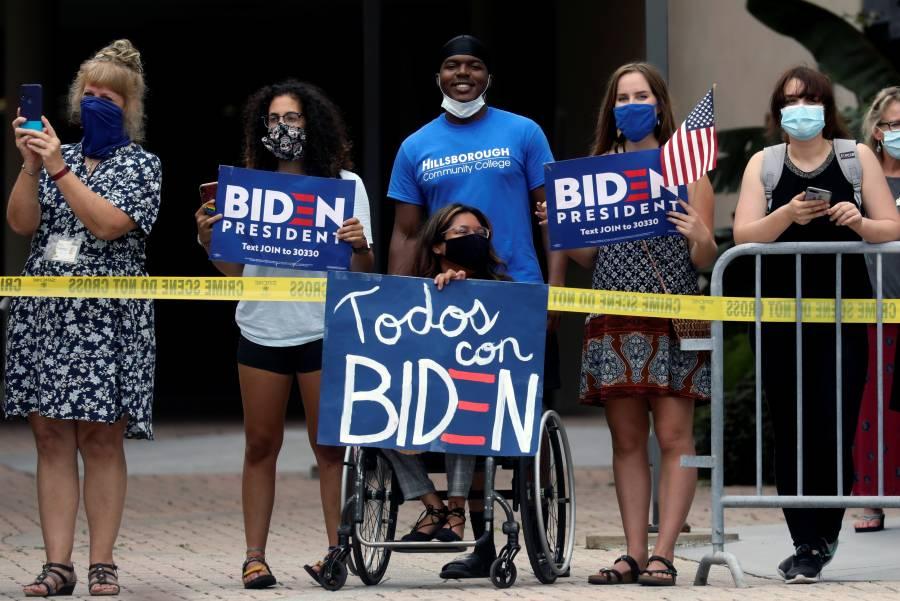Bloomberg inyecta 6 mdd a  campaña de Biden en bastión latino