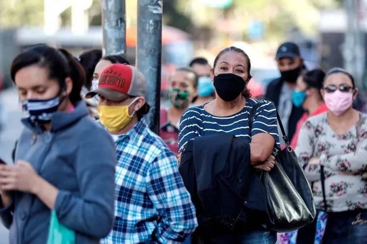Brasil prorroga prohibición de entrada de extranjeros por 30 días