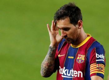Messi arremete contra el Barca por la salida de su amigo Suárez