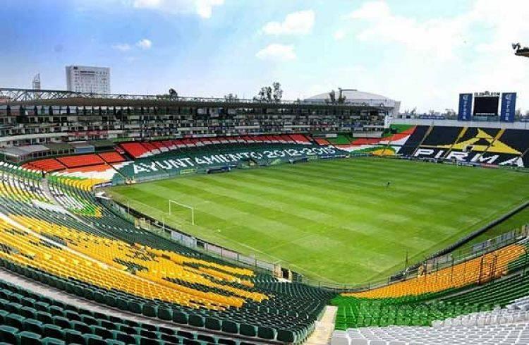 Reportan incendio en estadio Nou Camp de León; hay un detenido