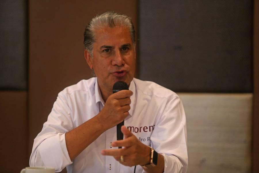 Alejandro Rojas renuncia a la contienda por la dirigencia de Morena