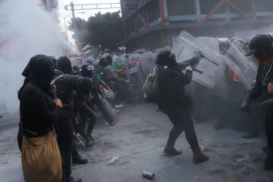 Solo usamos extintores en manifestaciones feministas y no gas pimienta: CDMX