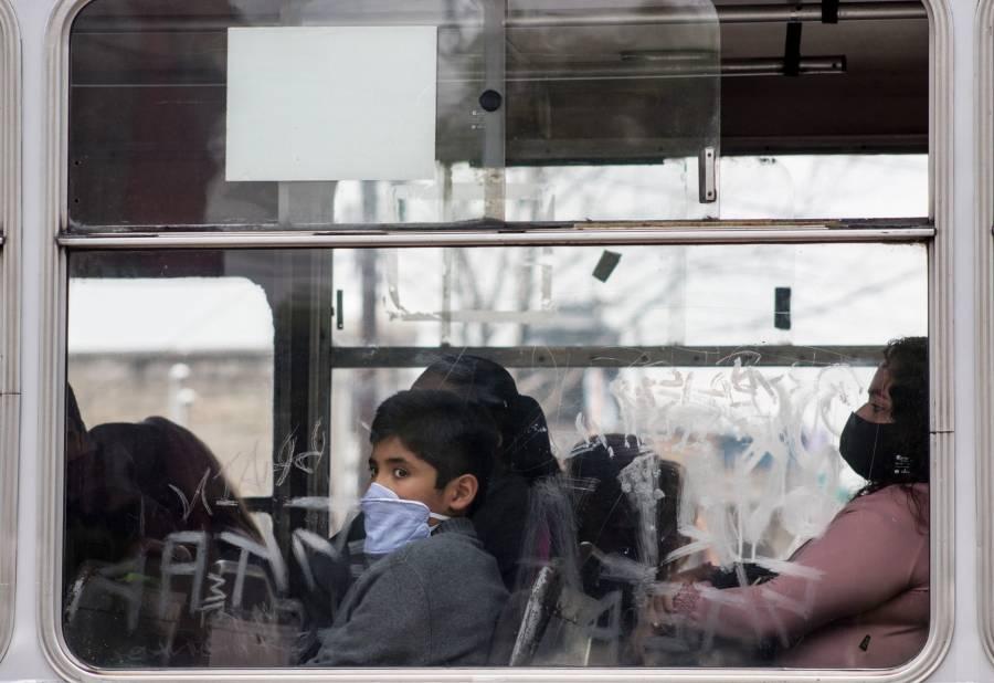 Inicia desconfinamiento en Santiago de Chile
