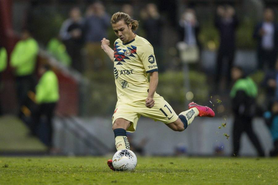 Sebastián Córdova no viajaría con el Tri para el partido contra Holanda
