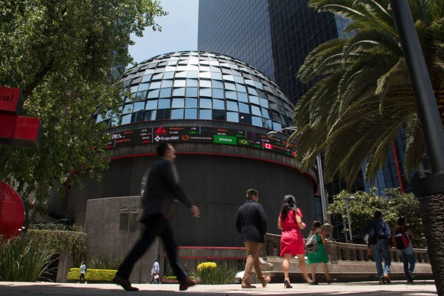 Bolsa Mexicana sube a mejor nivel en cuatro semanas
