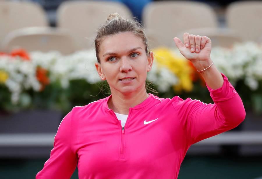 Halep se mete a la tercera ronda en Roland Garros; Serena Williams se retira