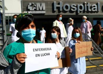 España pide restringir movilidad en  ciudades de más de 100 mil habitantes