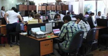 Función Pública prevé regresar a burócratas a sus oficinas hasta 2021