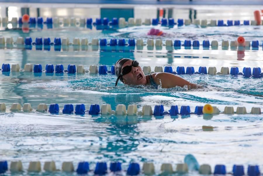 En la alcaldía Iztapalapa puedes aprender a nadar gratis